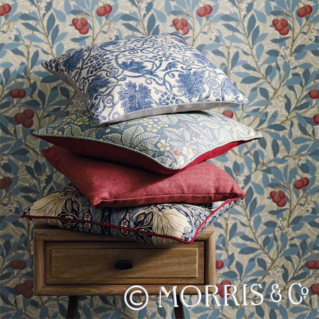 Morris & Co Tapet Woad Russet