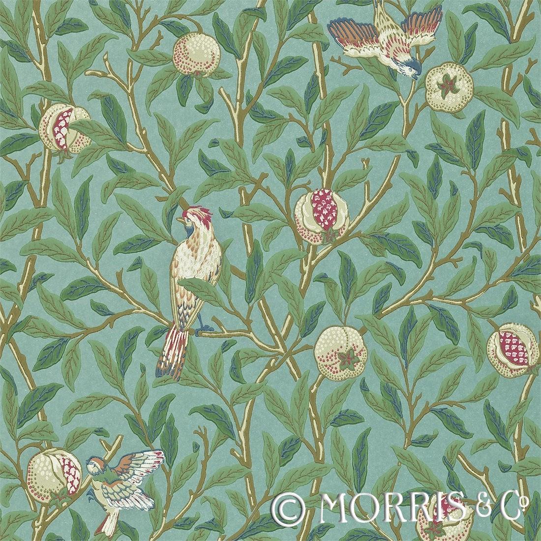 Morris & Co Tapet Bird Pomegranate Turquoise/Coral