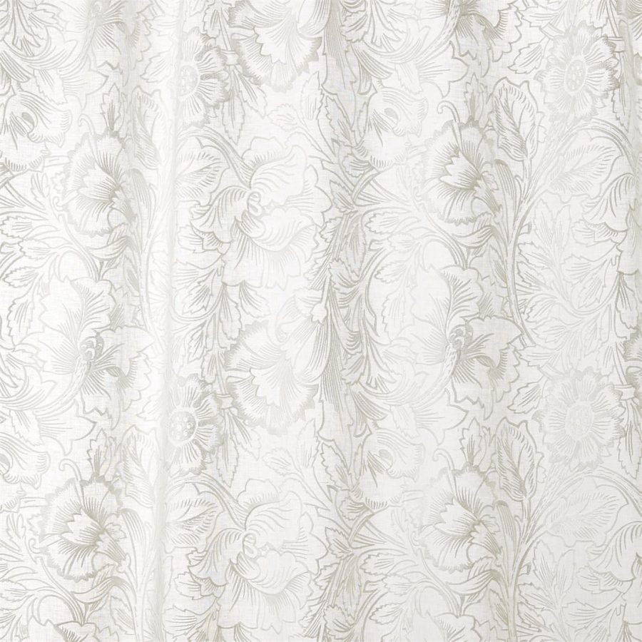 William Morris Tyg Pure Poppy Embroidery Paper White