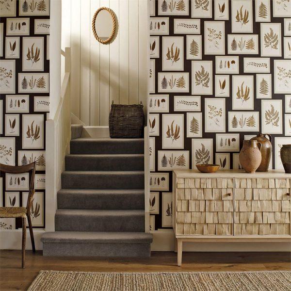 Sanderson Tapet Fern Gallery Charcoal Spice