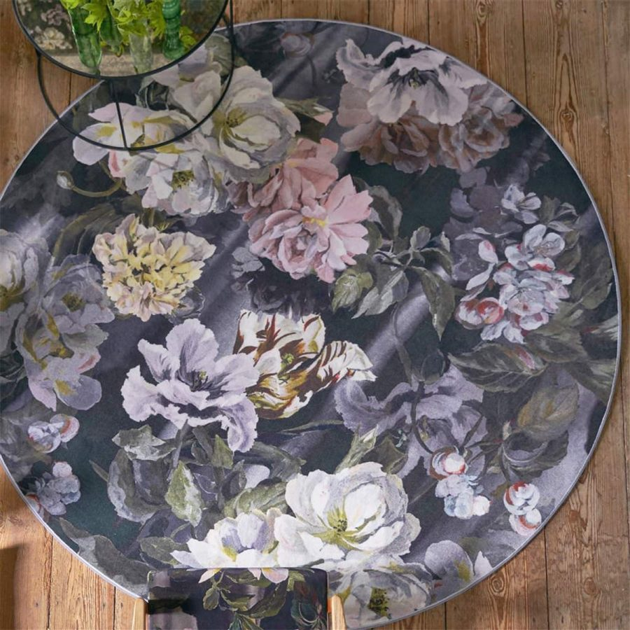 Designers Guild Rund Blommig Matta Delft Flower