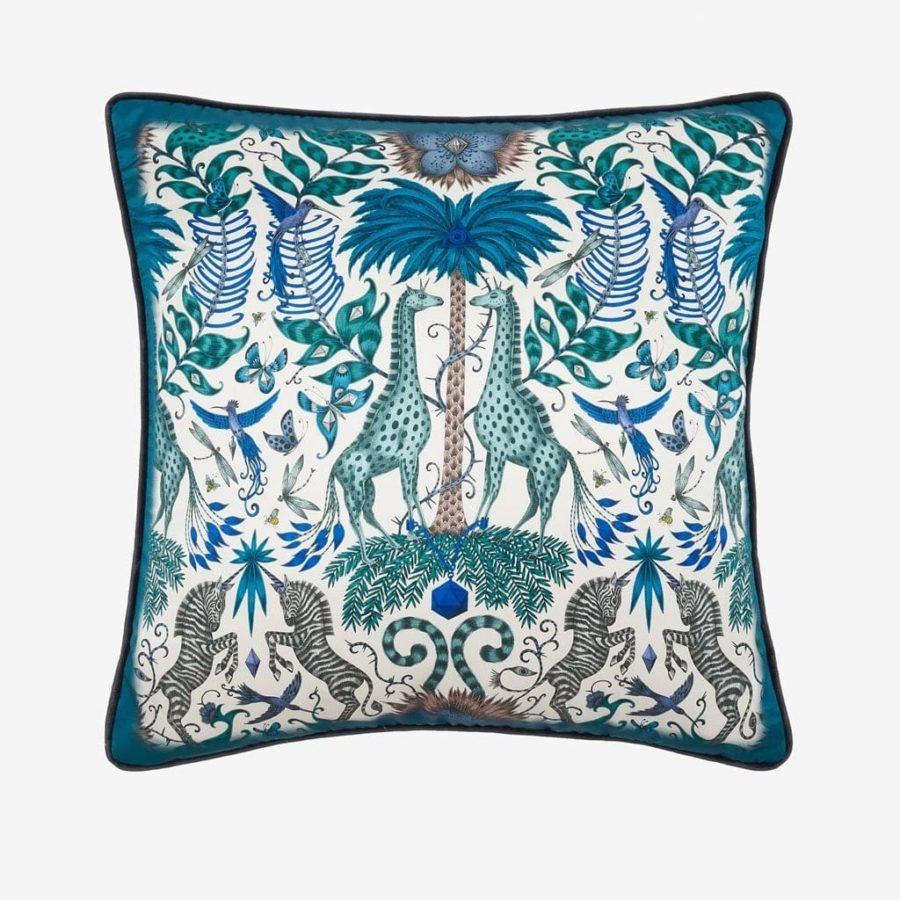 Emma J Shipley lyxig kudde Kruger giraffer blå silke bomull lyxig kudde