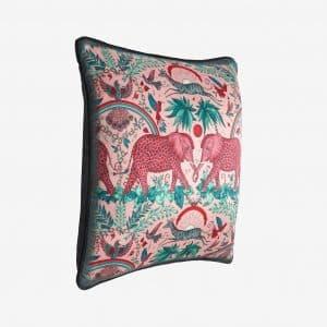 Emma J Shipley Kudde Zambesi Blush rosa elefanter Bomullssatäng/Silke